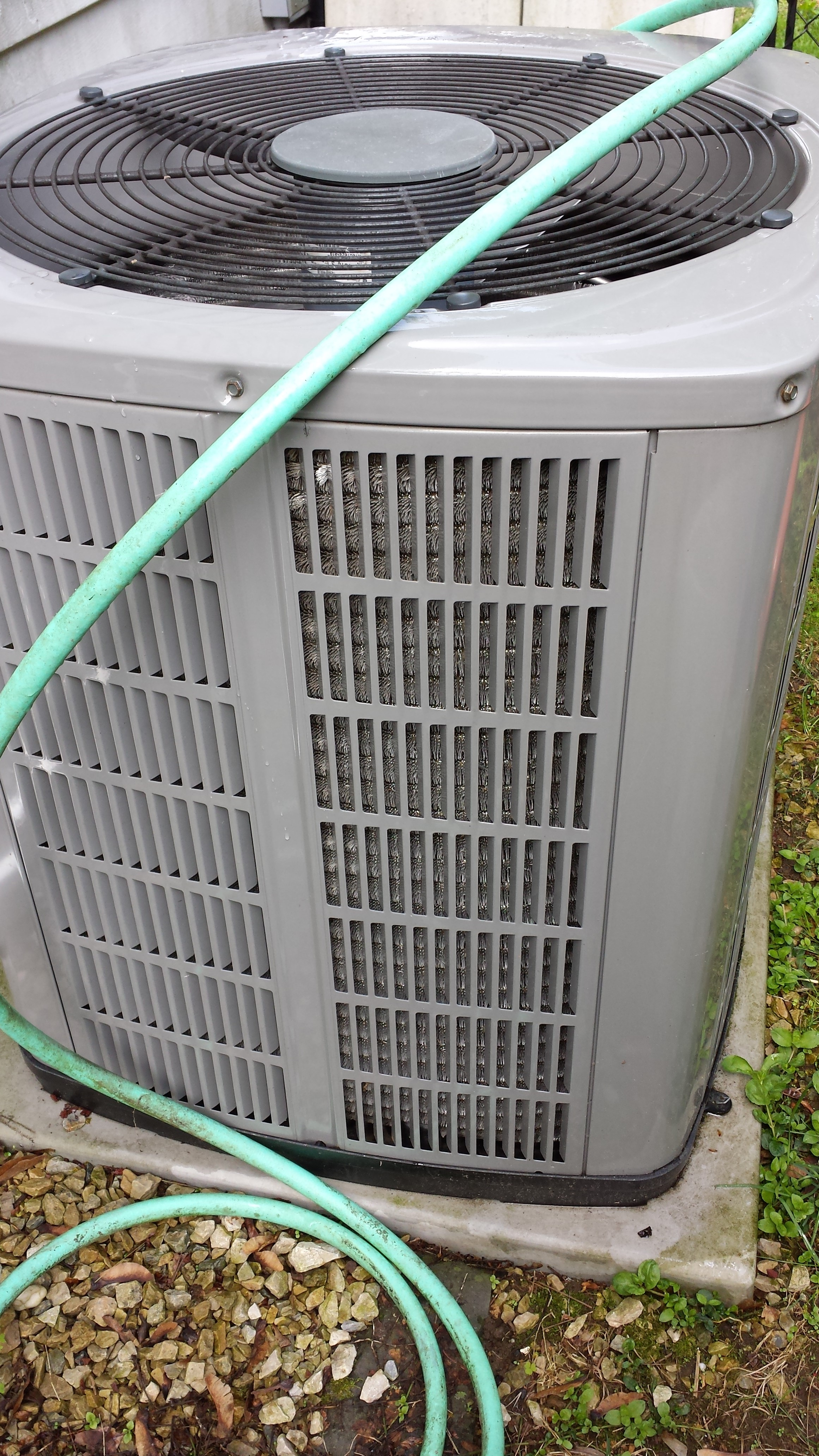 how to clean air conditioner using foam